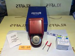 1 new Byron Wired Wall Mounted London Doorbell / Buzzer, in