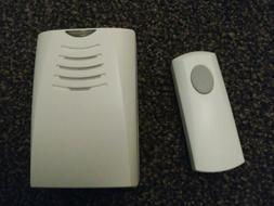 Honeywell Wall mount Wireless Chime And Push. Doorbell. Rcwl